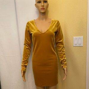 NWT Gold long sleeve suede dress